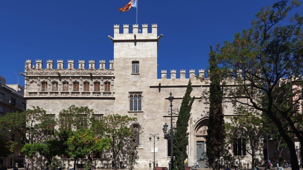 La Lonja de la Seda - Gay Tours Valencia
